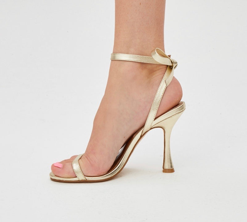 BOW SANDAL GOLD METALLIC