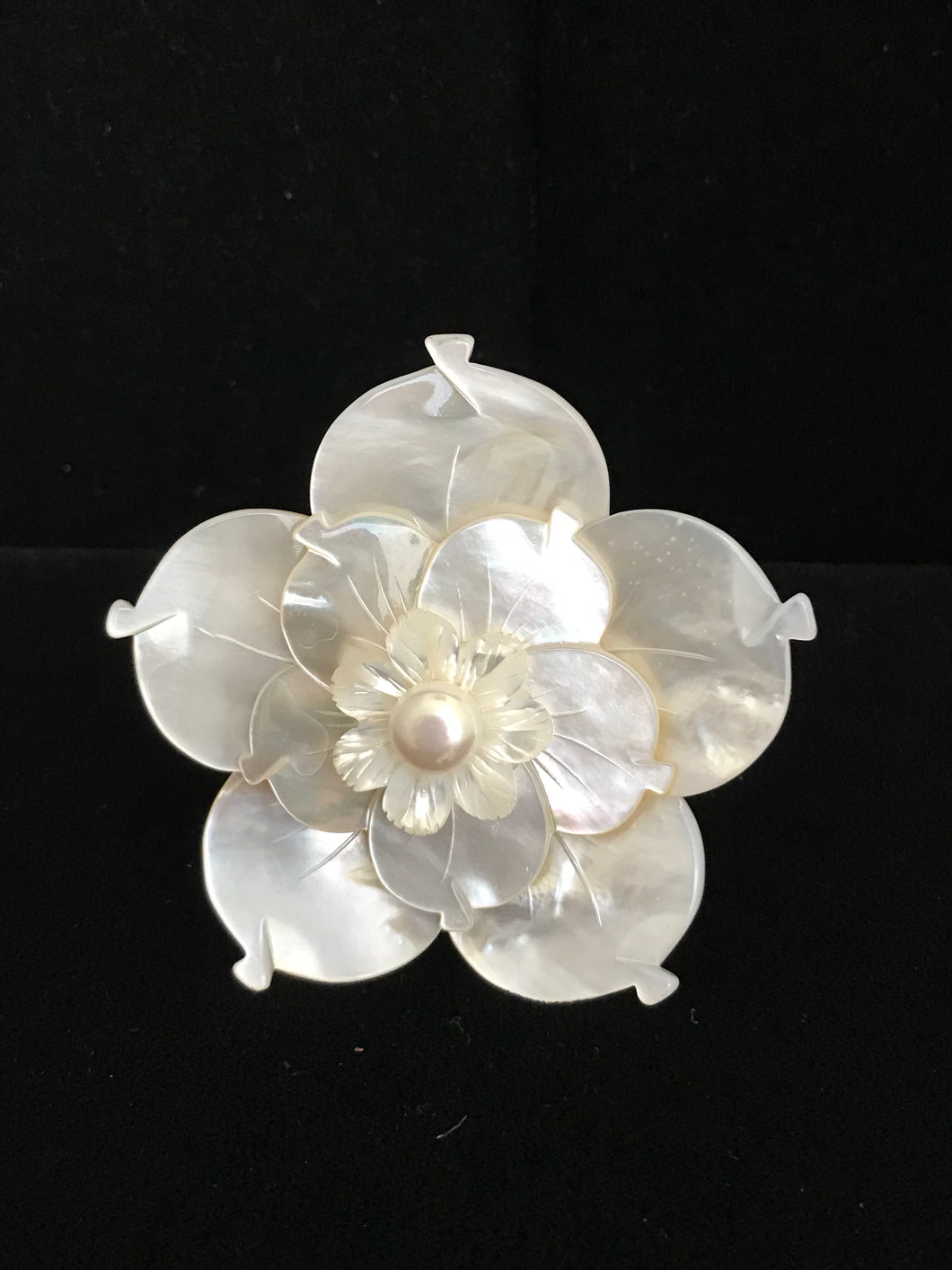 Mother of Pearl Triple Flower
