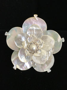Mother of Pearl Triple Flower Magnet