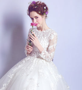 Ball Gown Scoop Floor-length Long Sleeve Tulle Wedding Dress # AM218