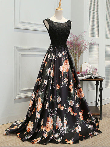 2018 Chic A Line Prom Dress Modest Black Floral Long Prom