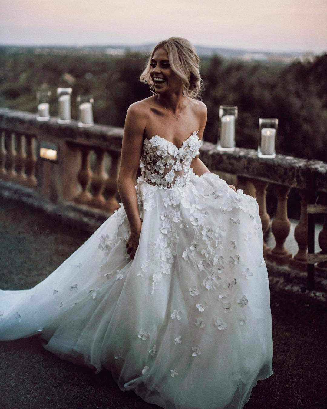 Chic Ivory Wedding Dress Lace Cheap Beautiful Vb2636: Beautiful Wedding Dresses With Diamonds At Websimilar.org
