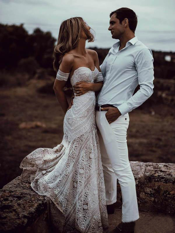 Ivory Lace Cheap Wedding Dress Off The Shoulder Wedding Dress # VB3072