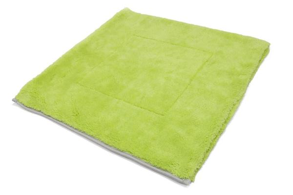 Autofiber [Motherfluffer XL] Plush Microfiber Drying Towel (22 in. x 22 in., 1100 gsm) Passion Detailing