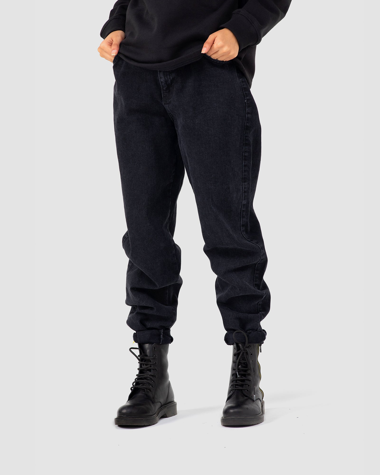Balloon Fit Double Closure Jeans
