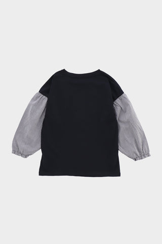Double Layered Contrasting T-shirt