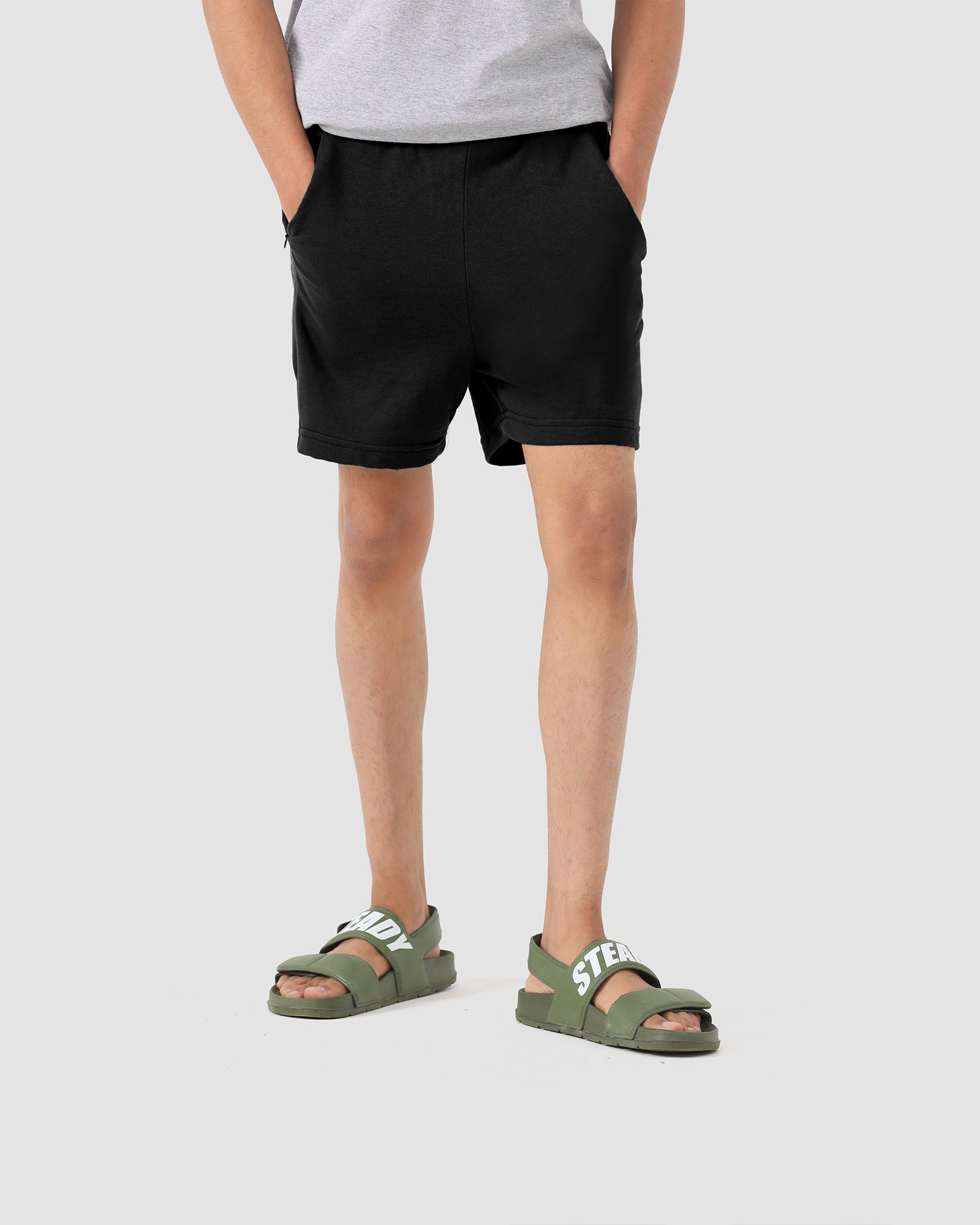 Basic Shorts with Side Pocket Zipper Detail