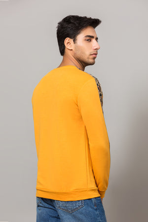 Coloured sweatshirt with side stripes