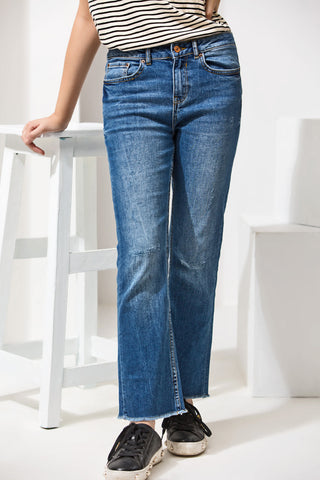 SLIM BOOT-CUT JEANS