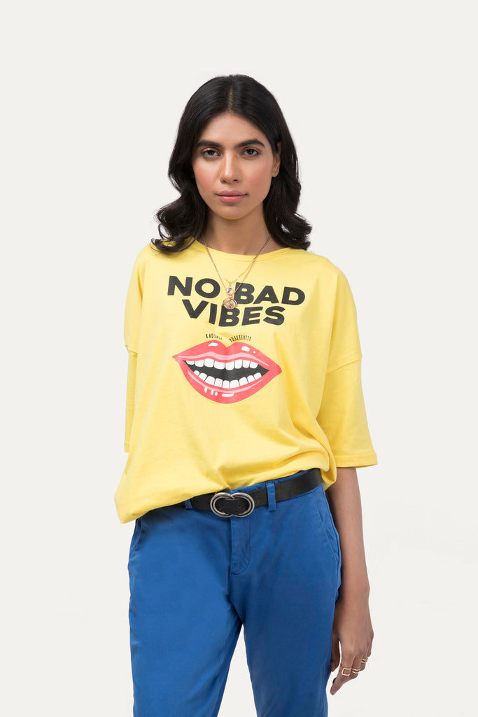 No Bad Vibes' T-shirt