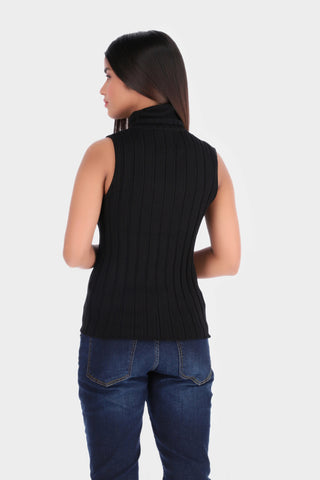 Sleeveless Turtle Neck Knitted Top