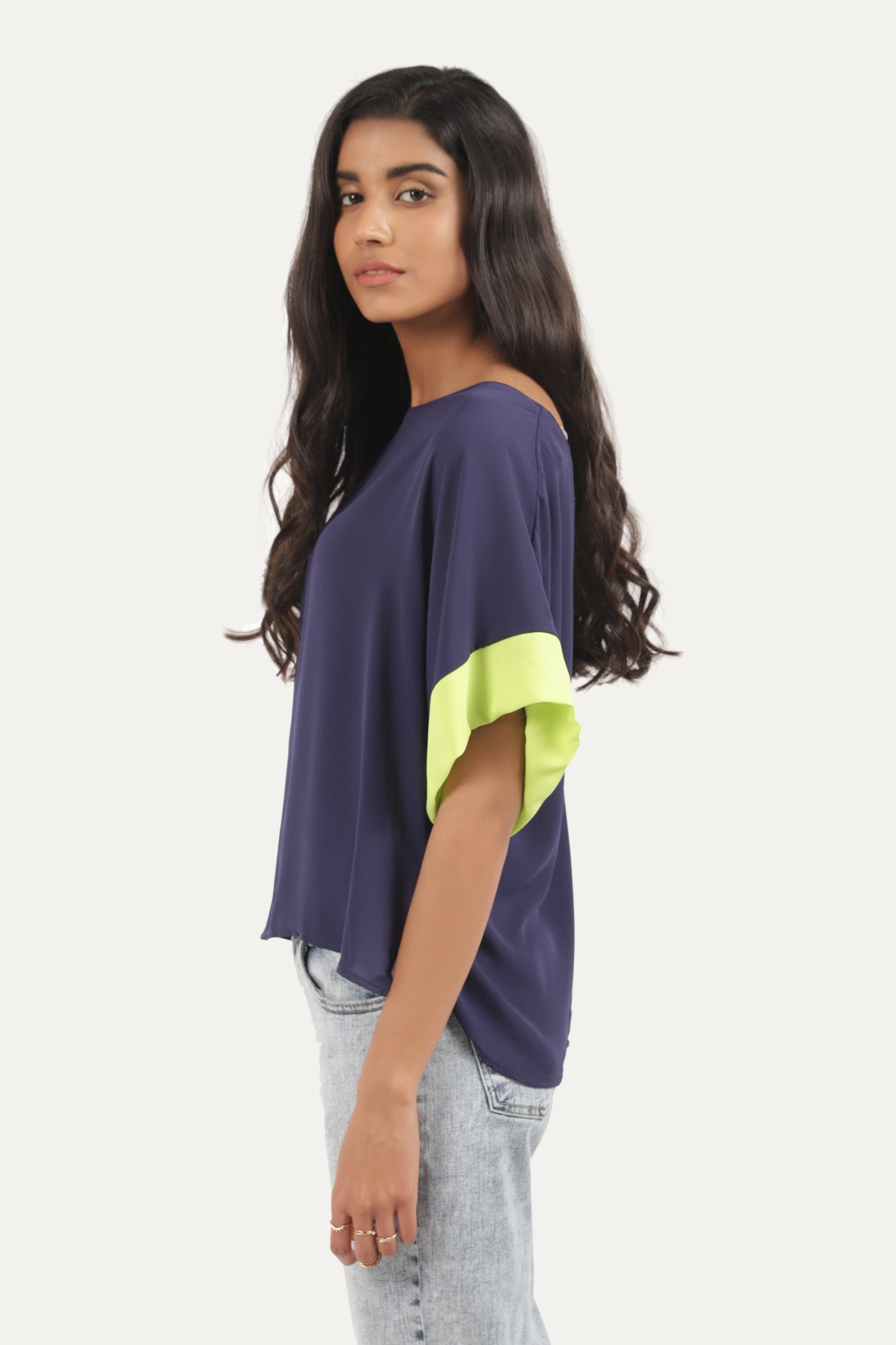 Loose Sleeve Shirt