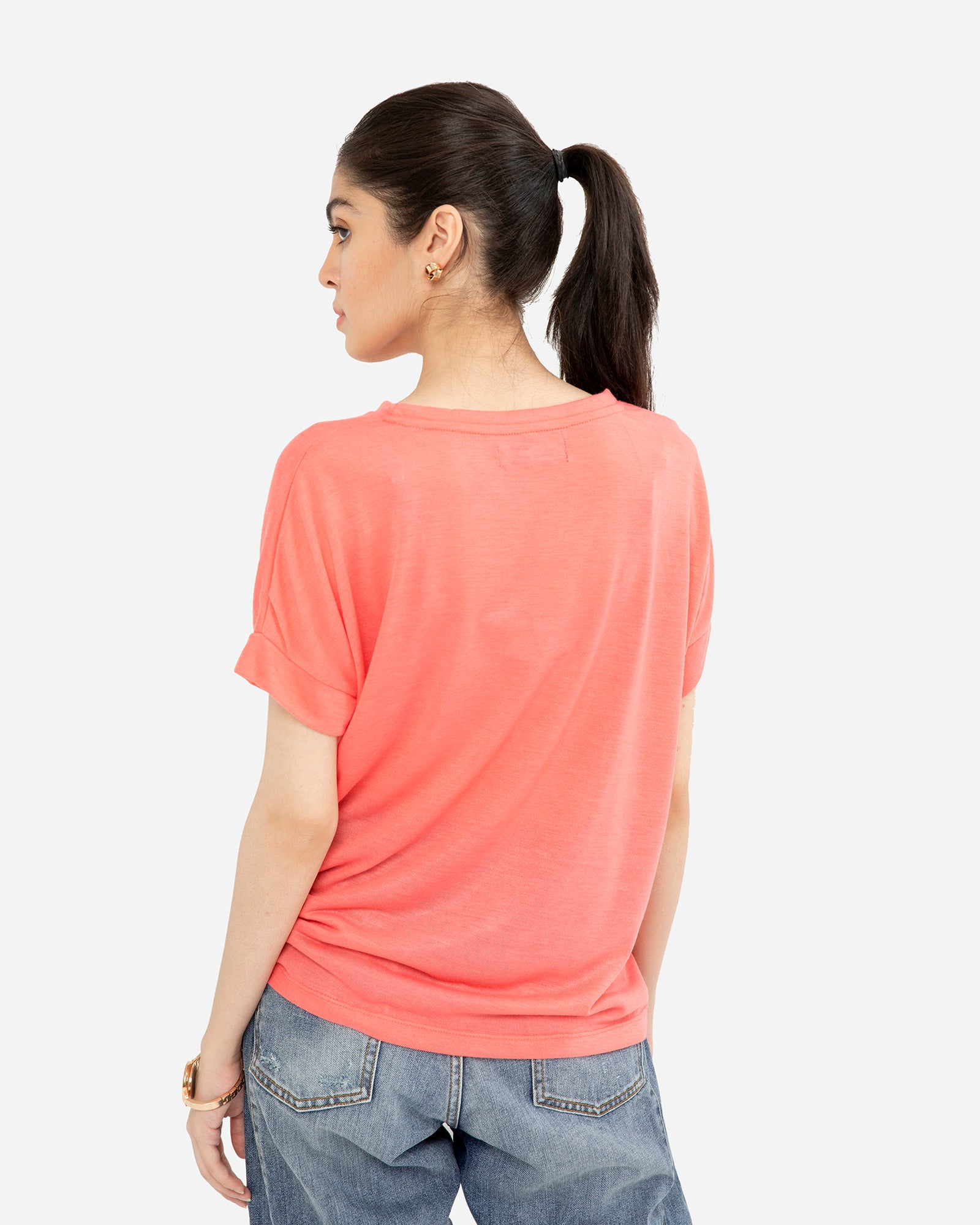 Basic Tee with Turned-Up Sleeves