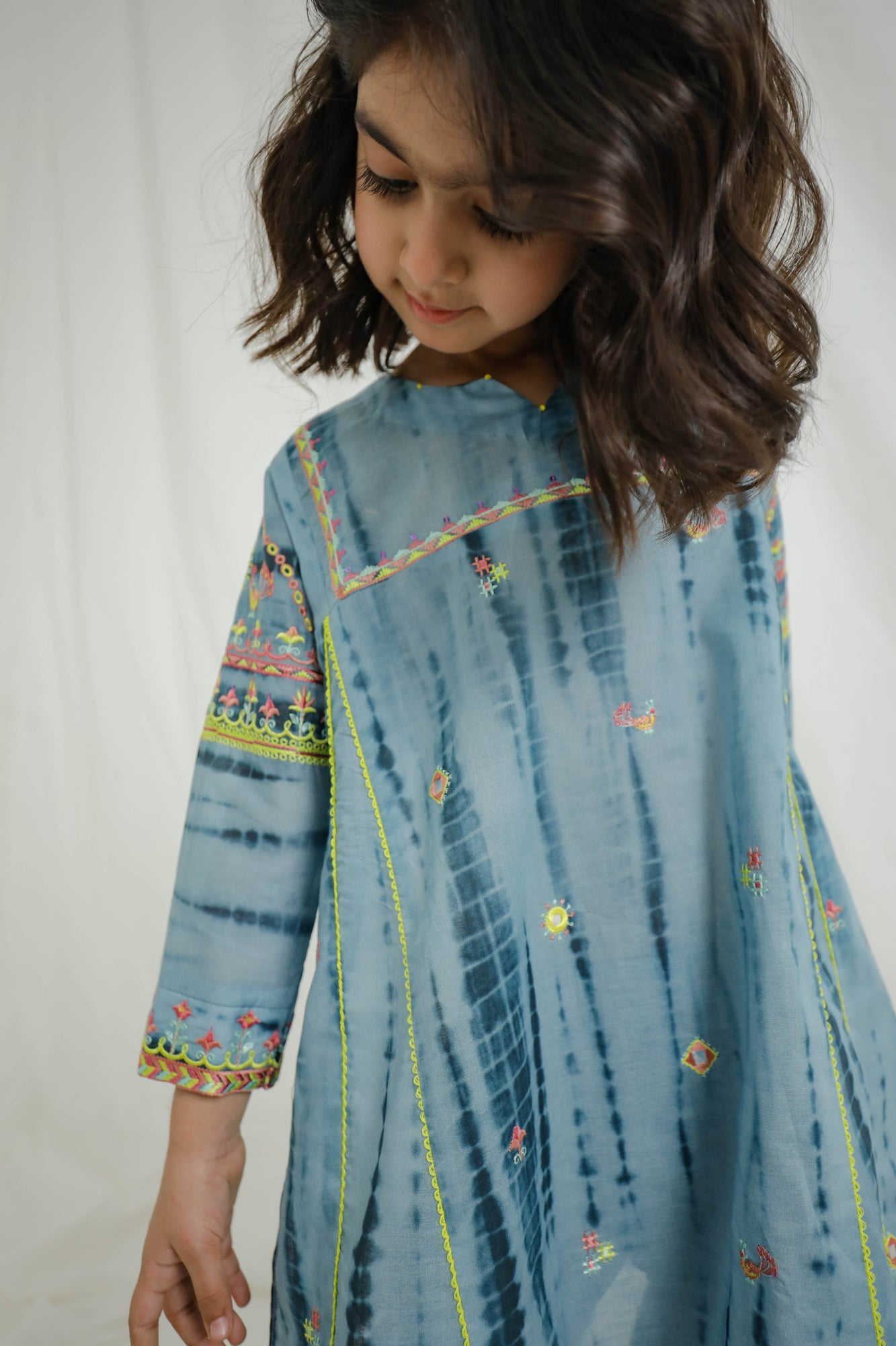 EMBROIDERED SUIT (GTB203312) - Ethnic by Outfitters