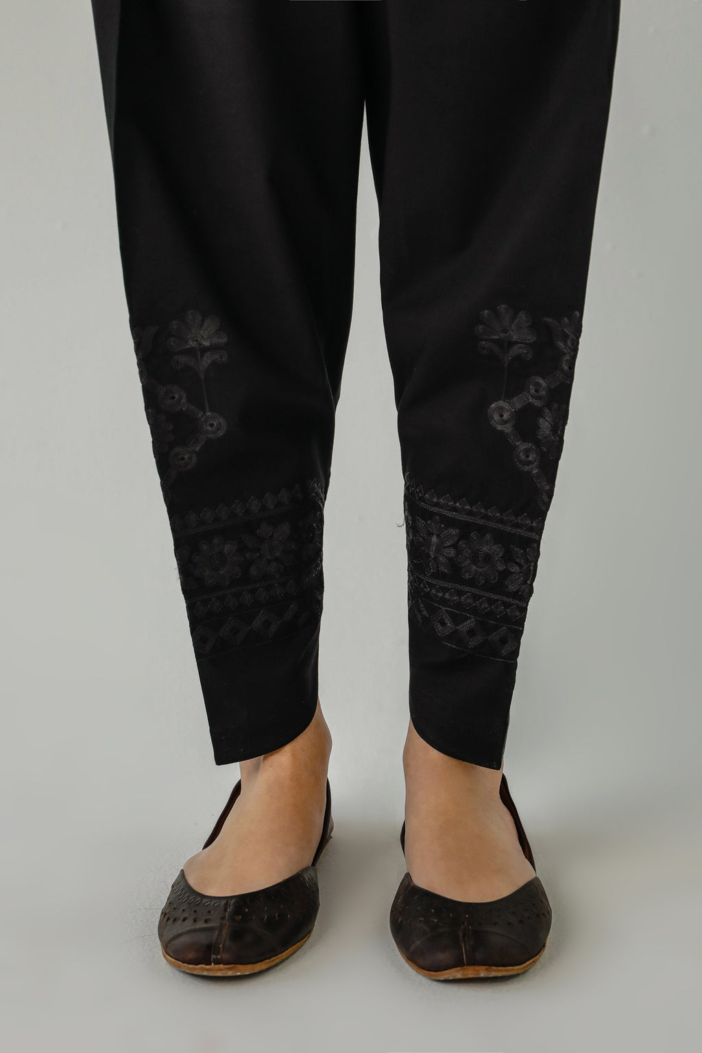 NARROW TULIP (WBP111763) - Ethnic by Outfitters