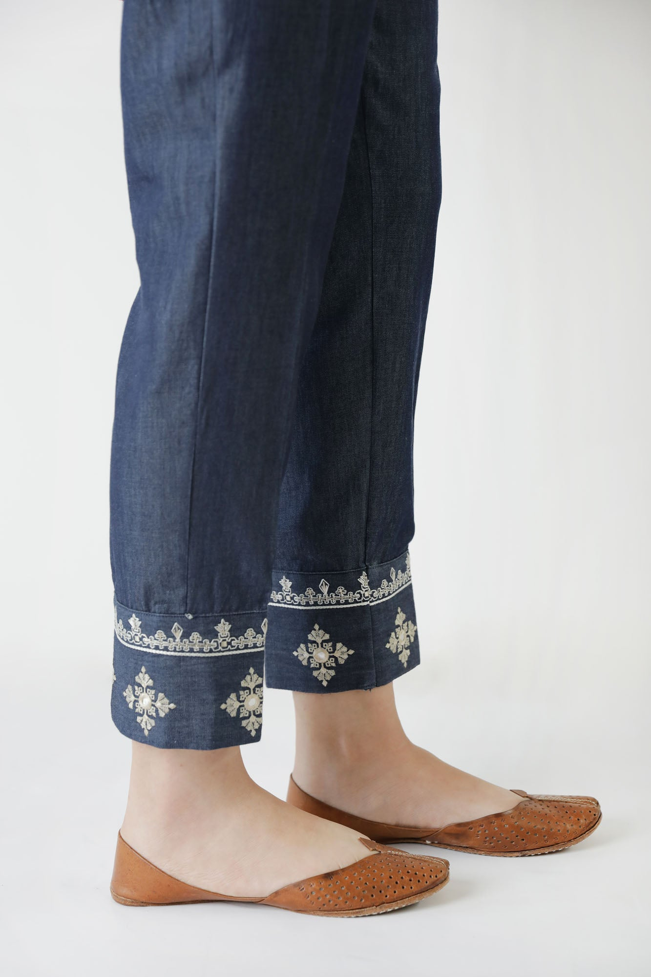 TAPERED CAPSULE TROUSER (WBP401681) - Ethnic by Outfitters