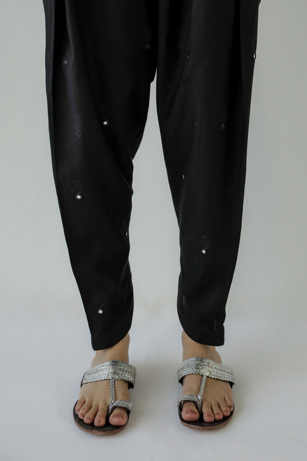 NARROW TULIP PANTS (WBR401401) - Ethnic by Outfitters