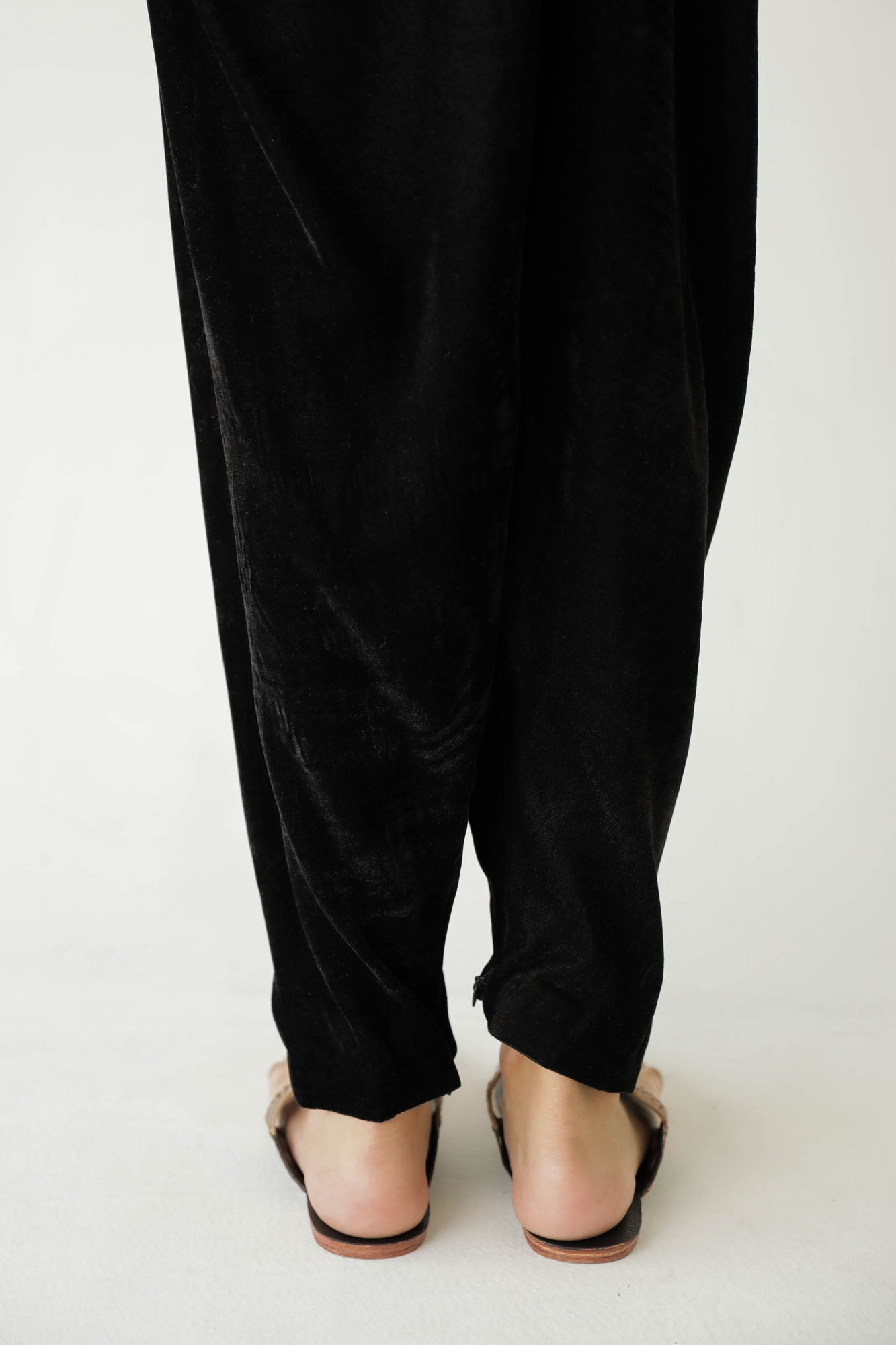 NARROW SHALWAR (WBR401406)