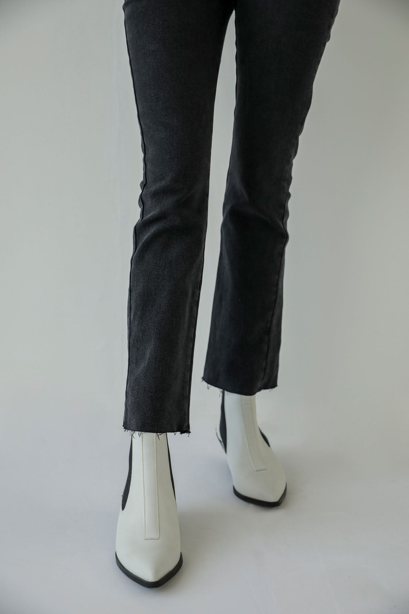 SLIM FIT JEANS (WBW401791)