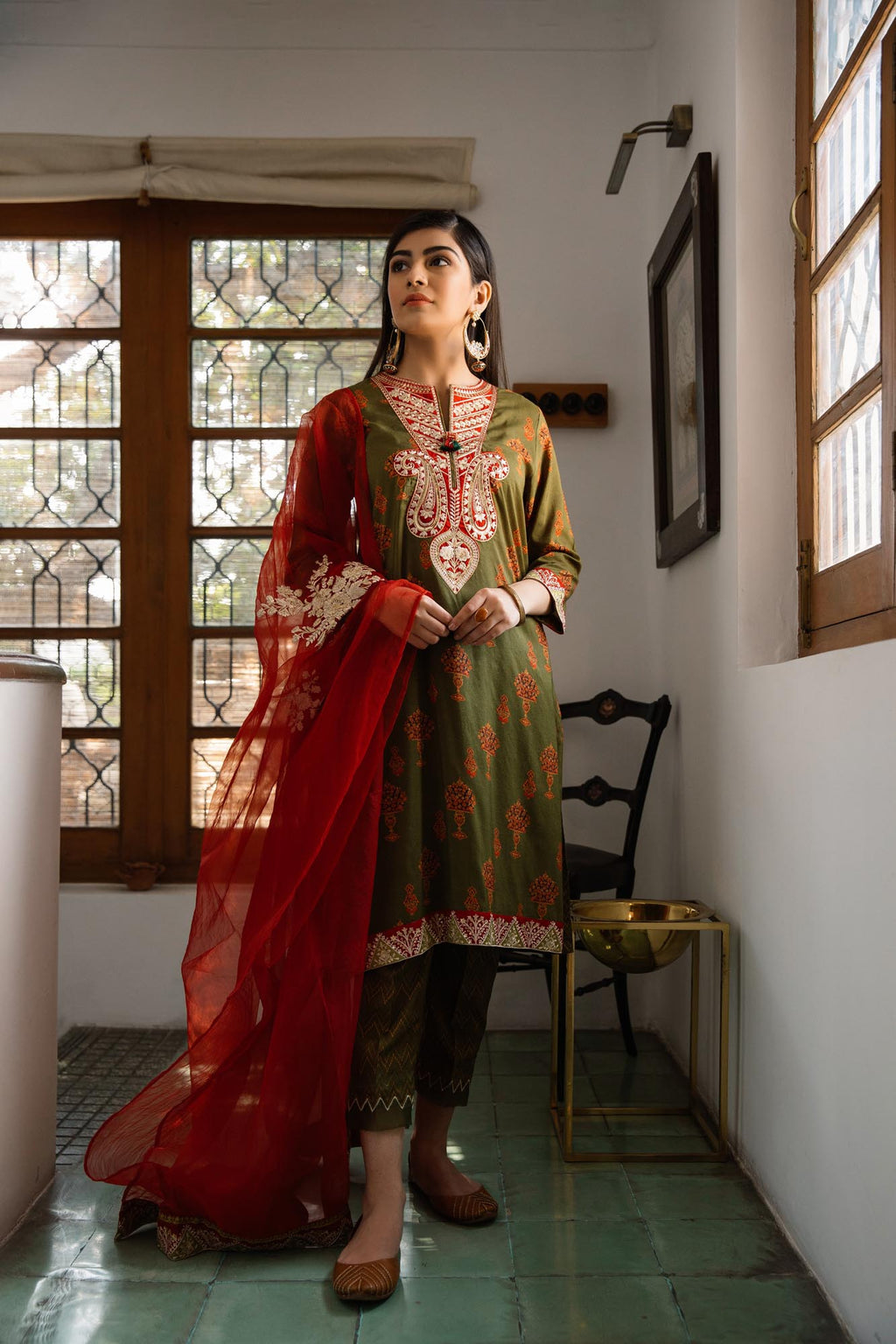 Boutique Suit (WTB101662) - Ethnic by Outfitters