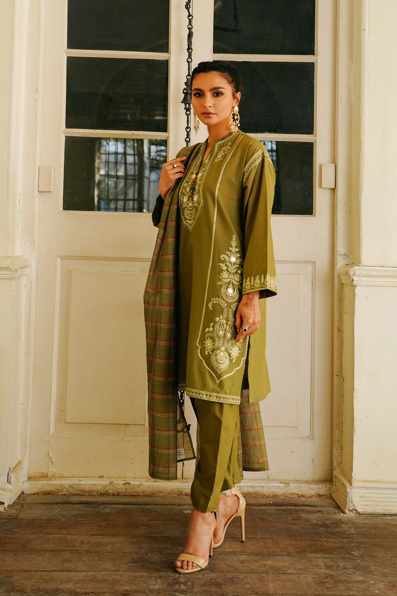 EMBROIDERED SUIT (WTB111505) - Ethnic by Outfitters