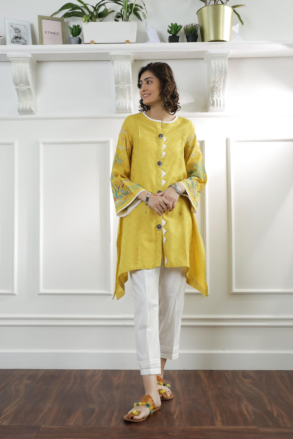 Rozana Suit (WTC101221) - Ethnic by Outfitters