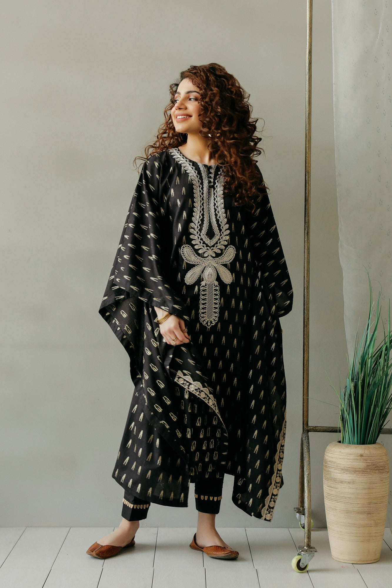 EMBROIDERED SUIT (WTC111161) - Ethnic by Outfitters