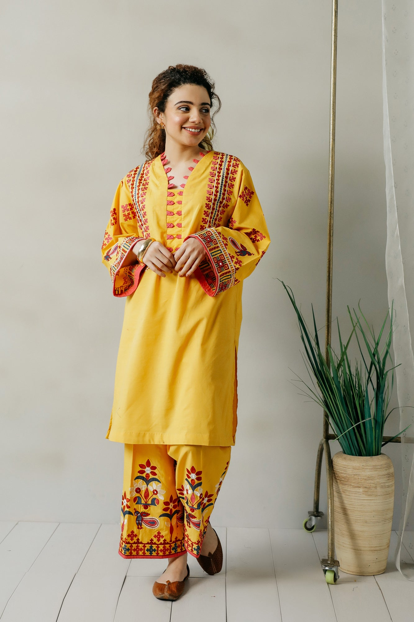 EMBROIDERED SUIT (WTC111163) - Ethnic by Outfitters
