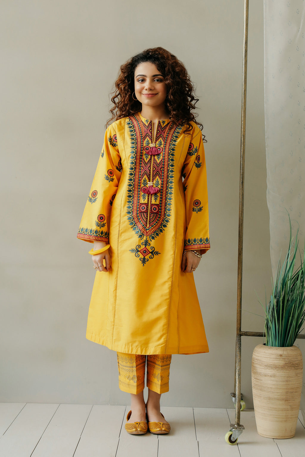 EMBROIDERED SUIT (WTC111168) - Ethnic by Outfitters