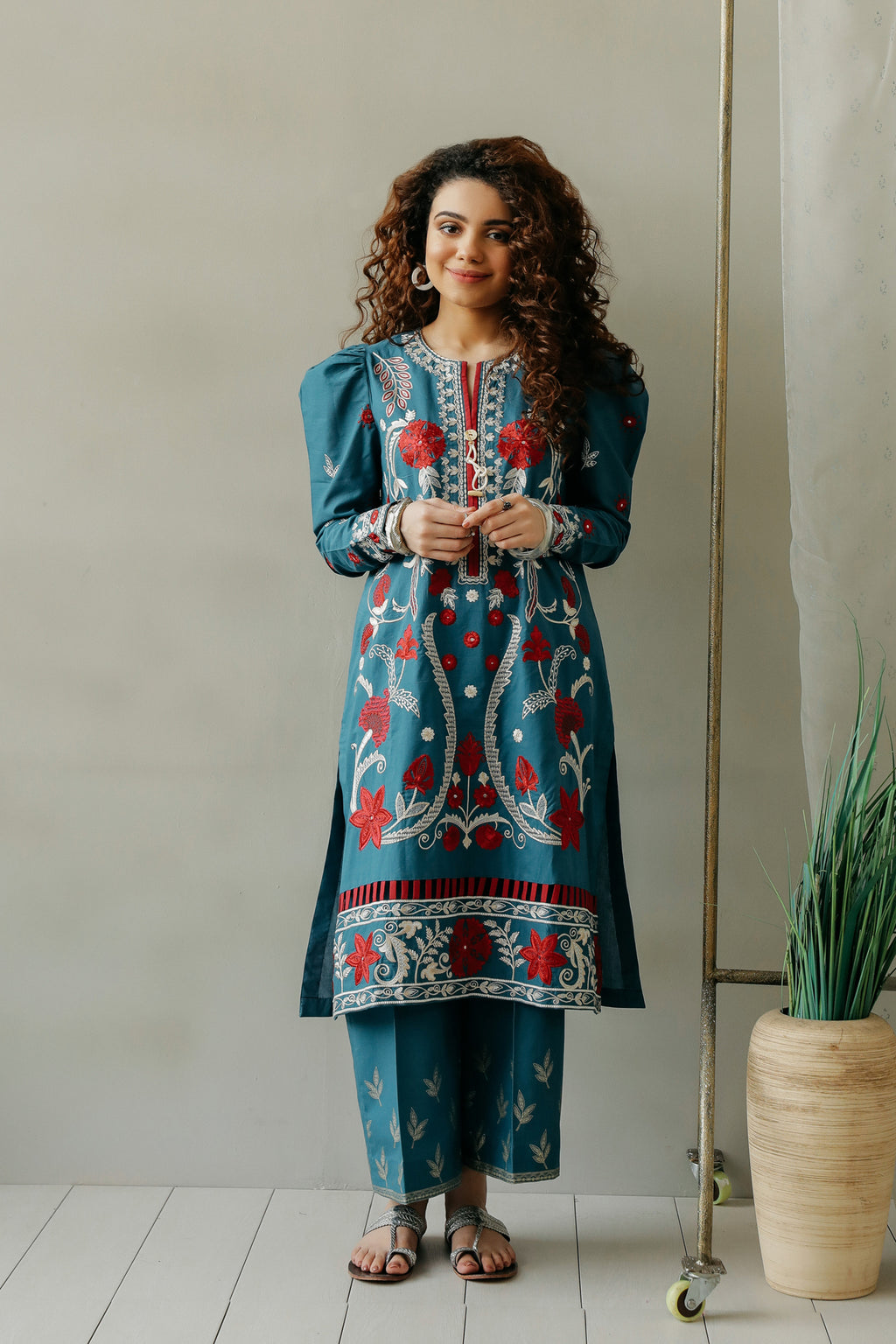 EMBROIDERED SUIT (WTC111170) - Ethnic by Outfitters