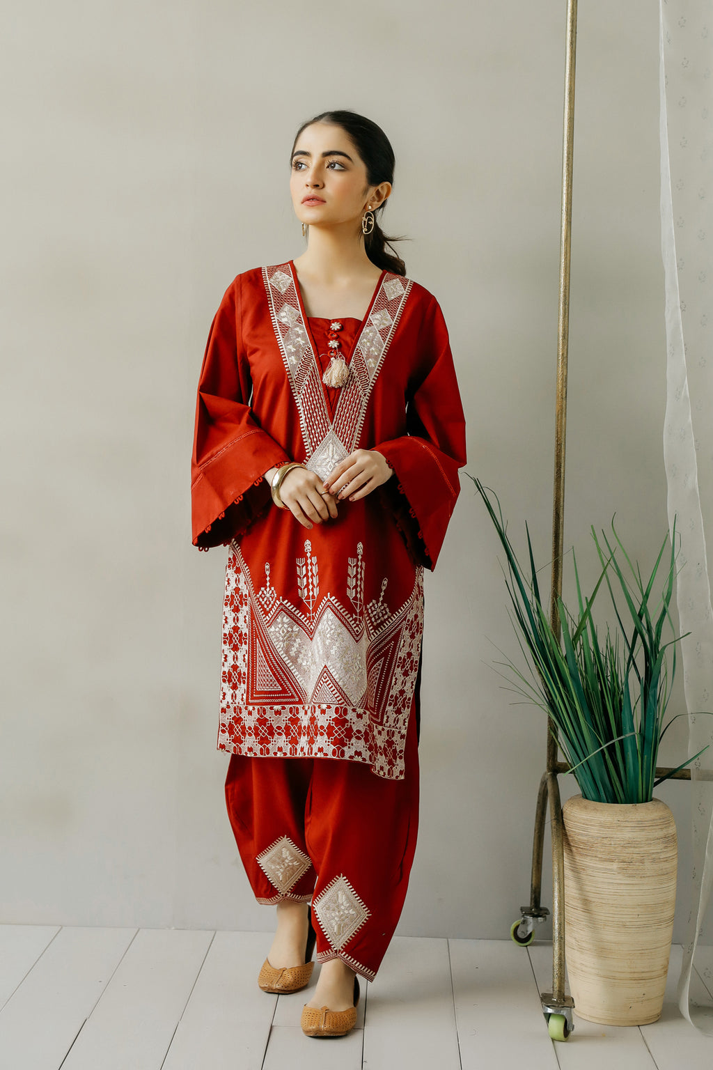 EMBROIDERED SUIT (WTC111171) - Ethnic by Outfitters