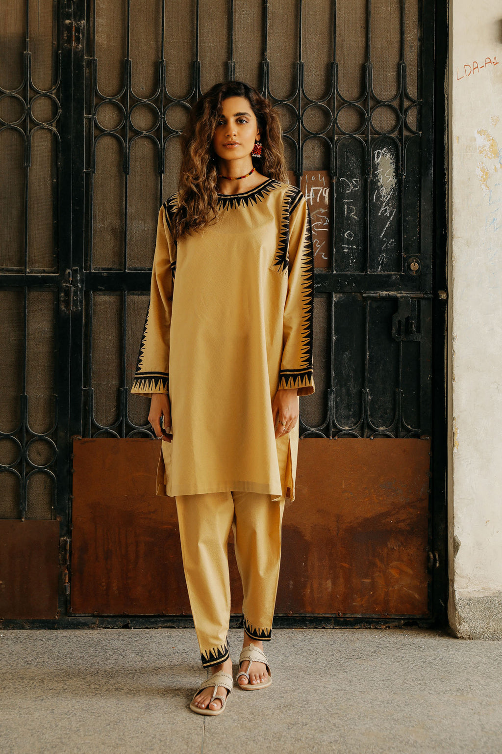 CAPSULE SUIT (WTP401650) - Ethnic by Outfitters