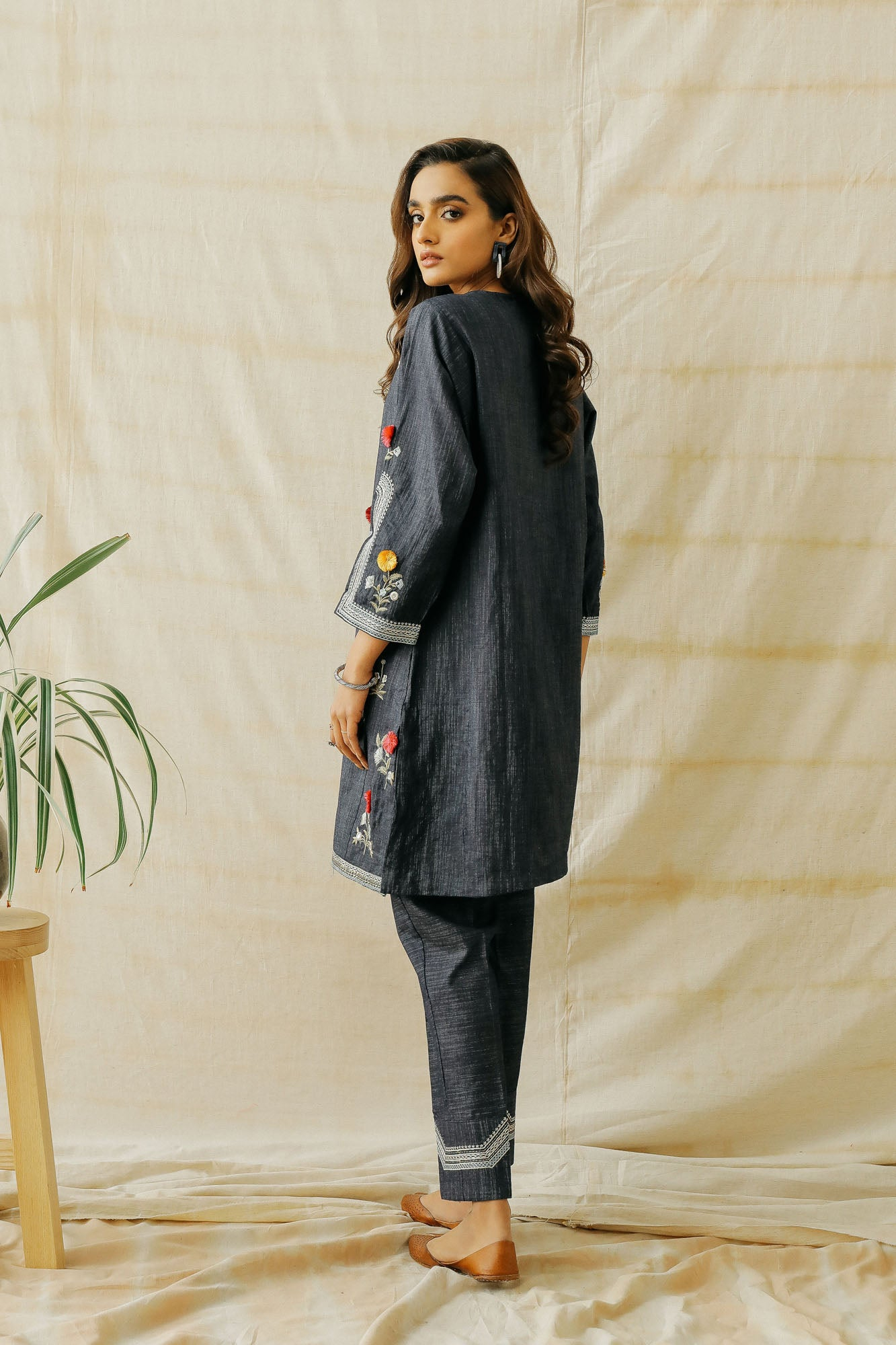EMBROIDERED SUIT (WTP401652) - Ethnic by Outfitters