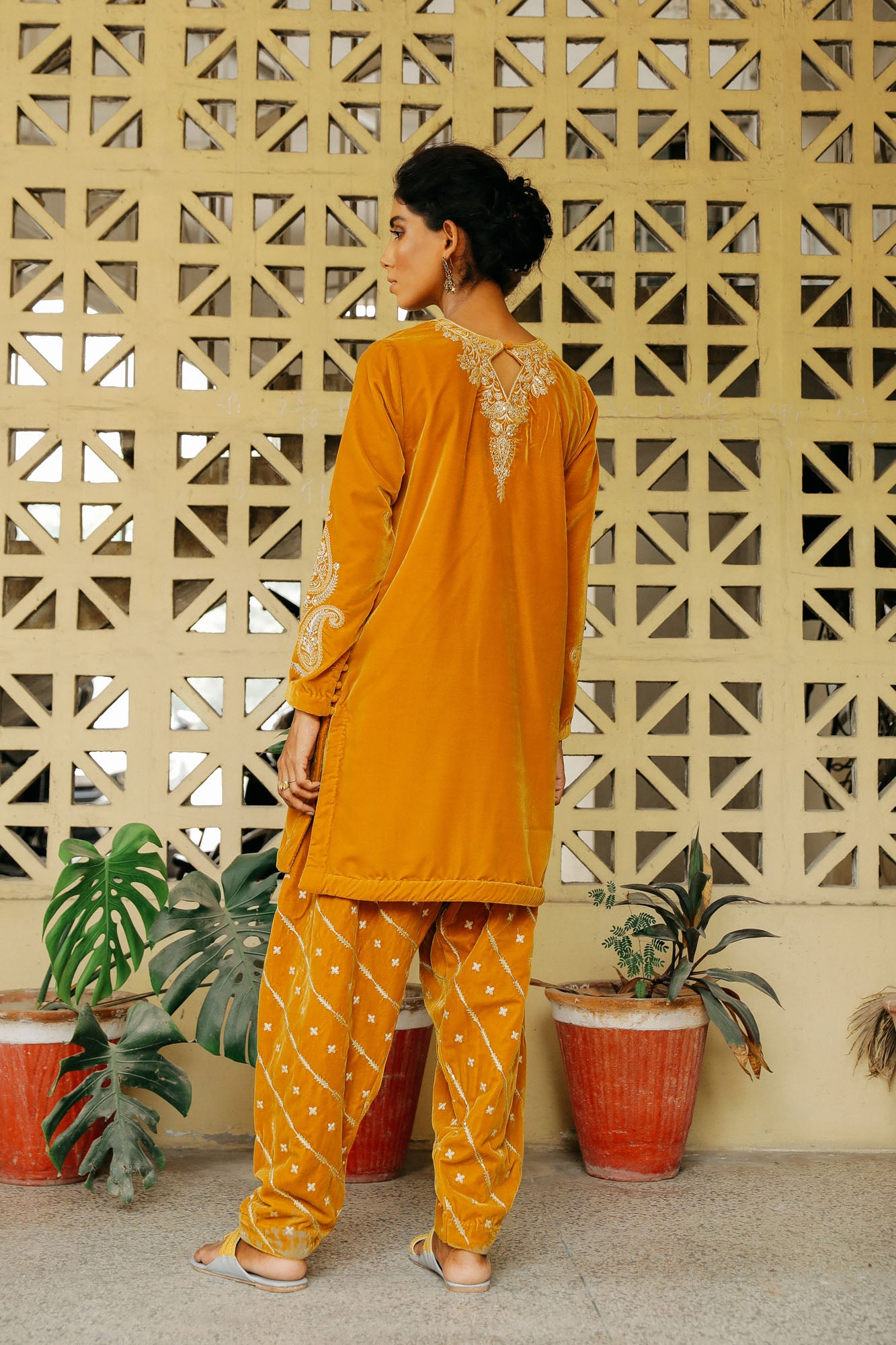 CAPSULE SUIT (WTP401669) - Ethnic by Outfitters