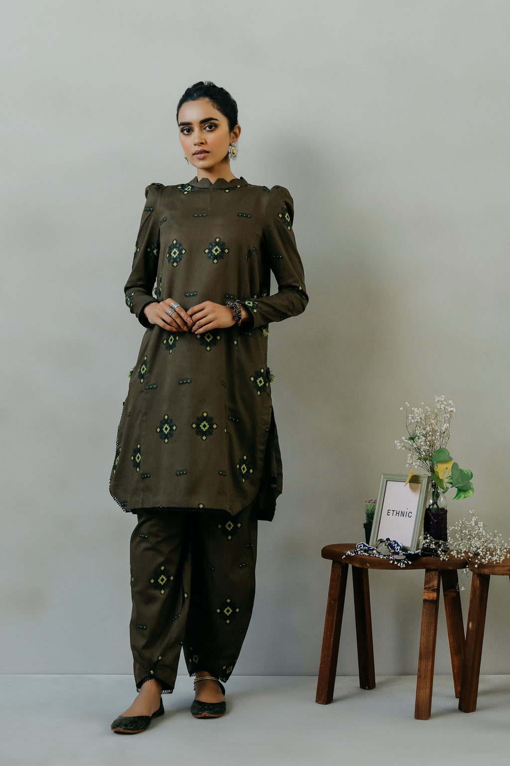 ROZANA SUIT (WTR111365) - Ethnic by Outfitters