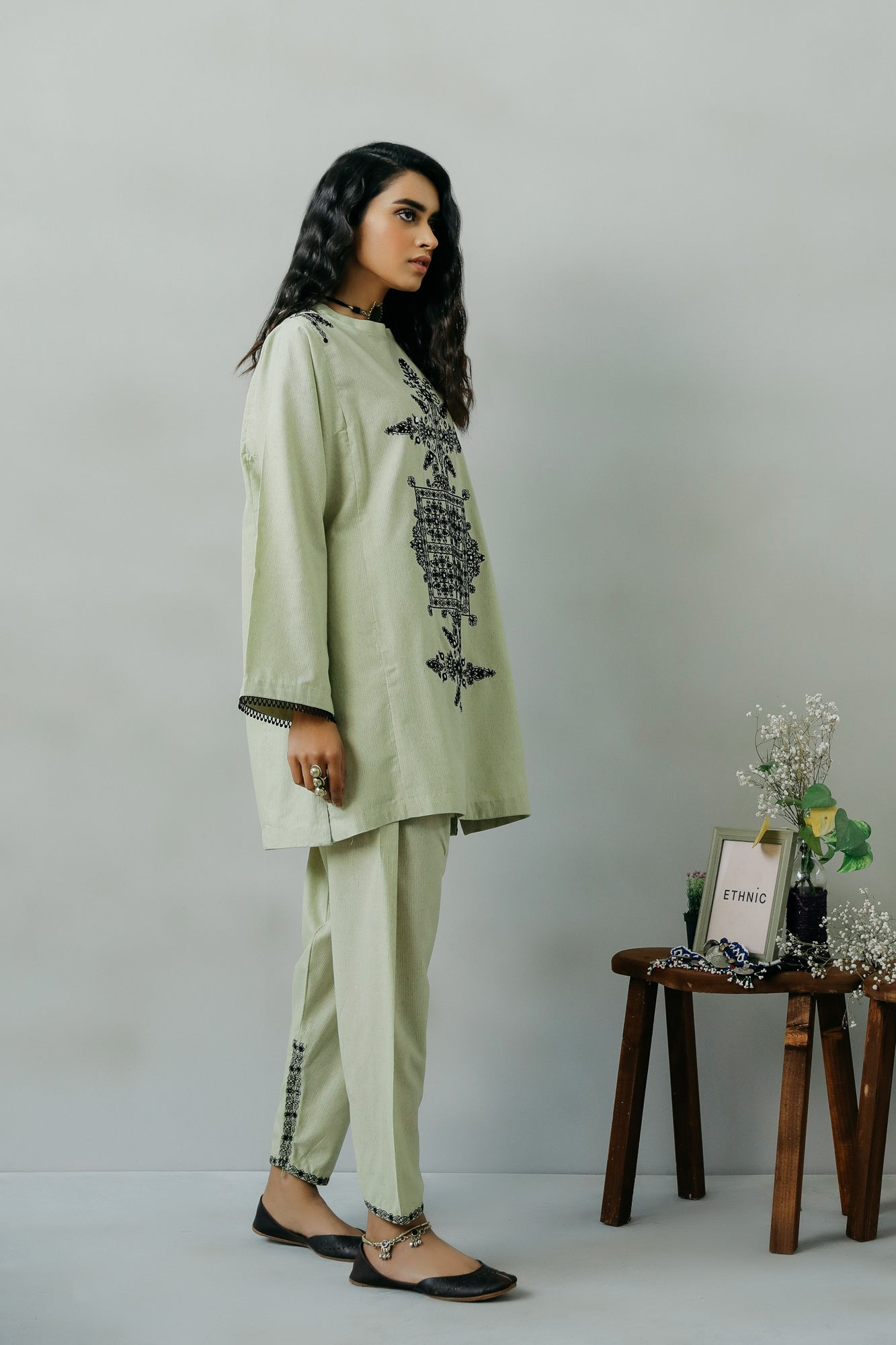 EMBROIDERED SUIT (WTR111392) - Ethnic by Outfitters