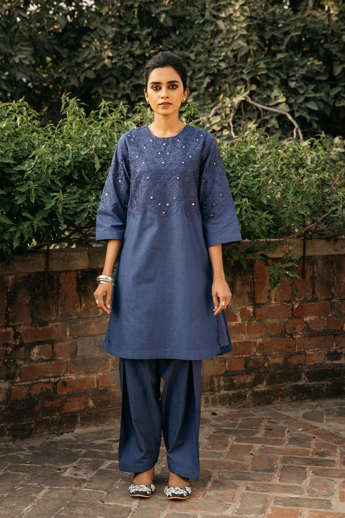 EMBROIDERED SUIT (WTR111383) - Ethnic by Outfitters