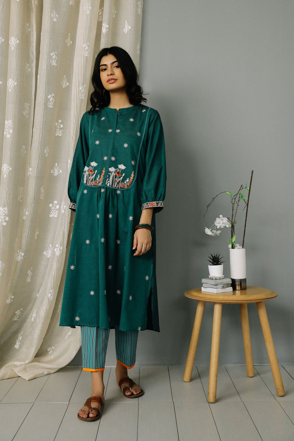 Rozana Suit (WTR201104) - Ethnic by Outfitters