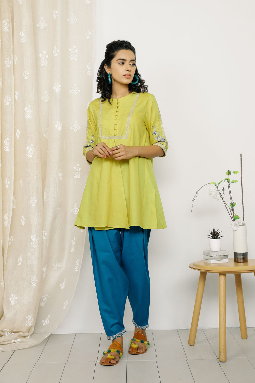 Rozana Suit (WTR201322) - Ethnic by Outfitters