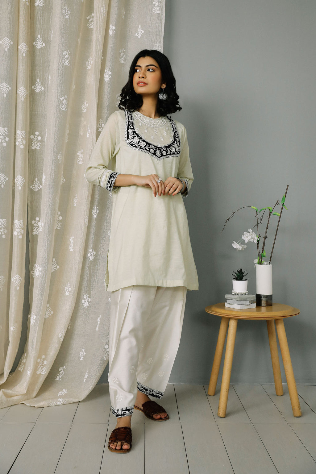 Rozana Suit (WTR201323) - Ethnic by Outfitters