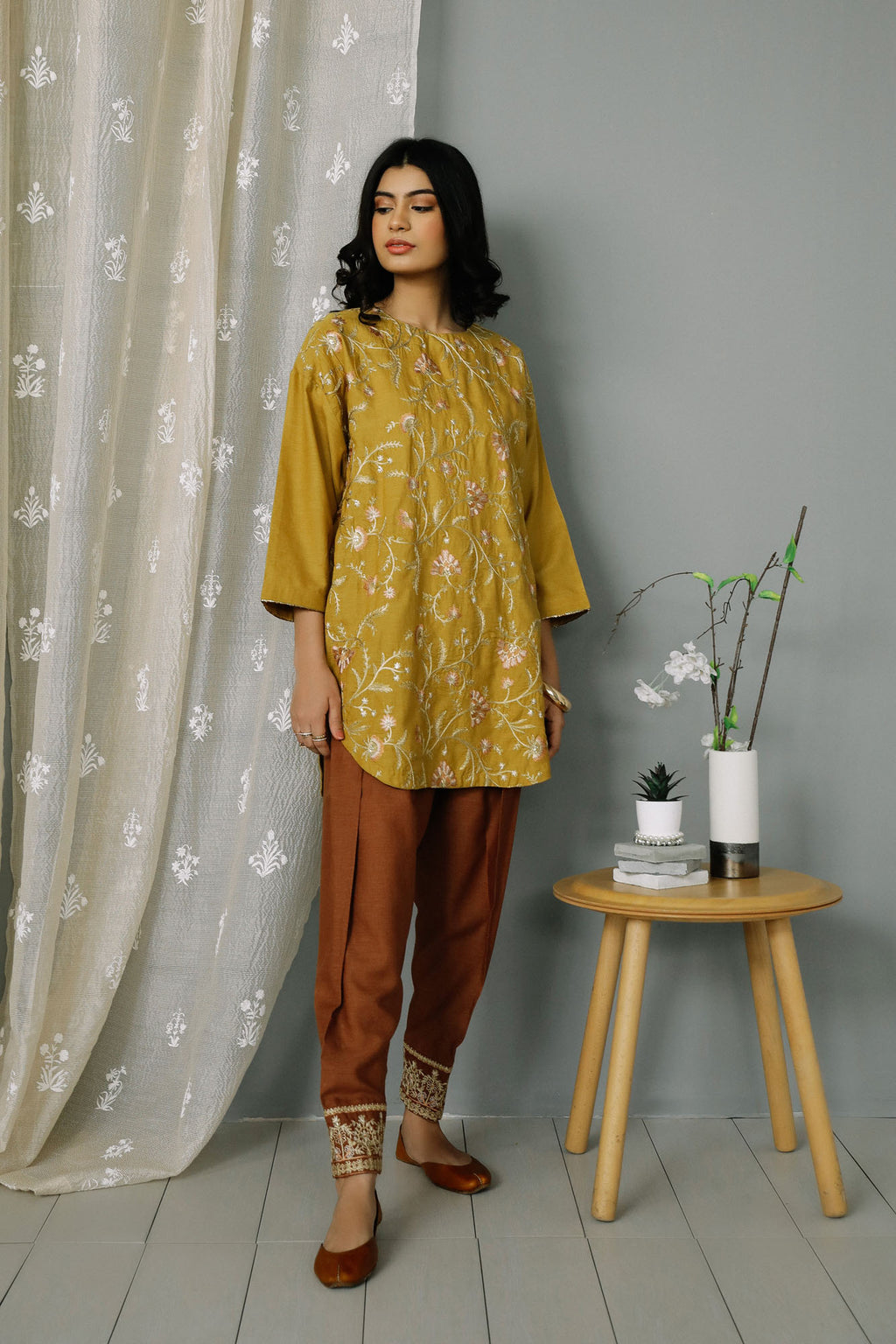 Rozana Suit (WTR201334) - Ethnic by Outfitters