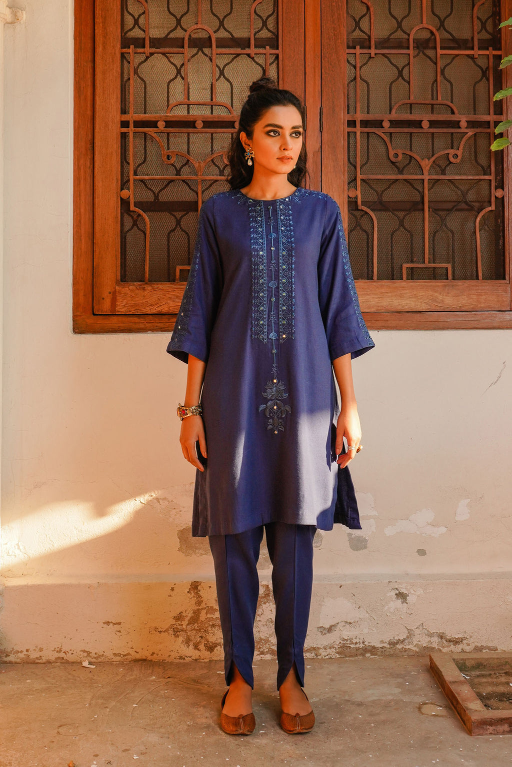 EMBROIDERED SUIT (WTR401366) - Ethnic by Outfitters