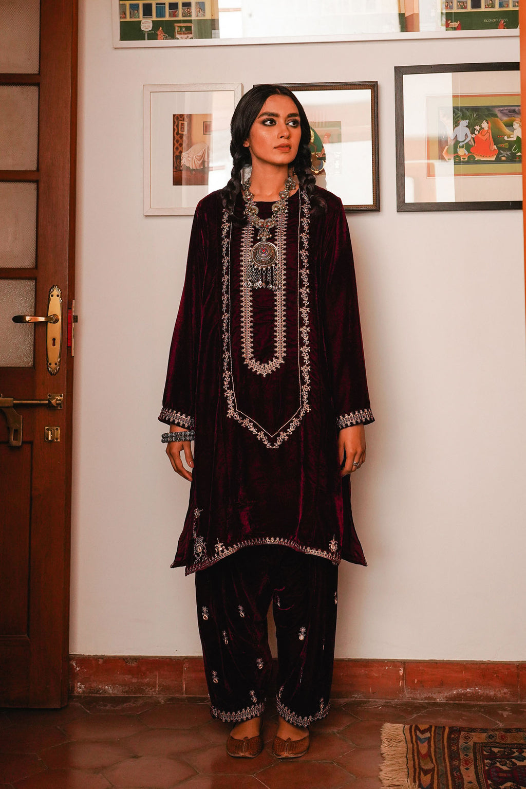 EMBROIDERED SUIT (WTR401368) - Ethnic by Outfitters