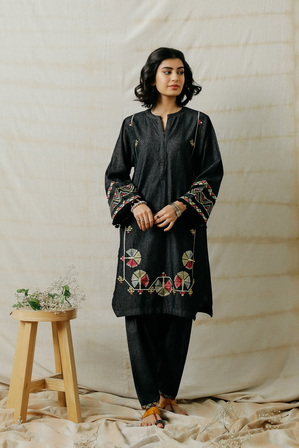 EMBROIDERED SUIT (WTR401381) - Ethnic by Outfitters