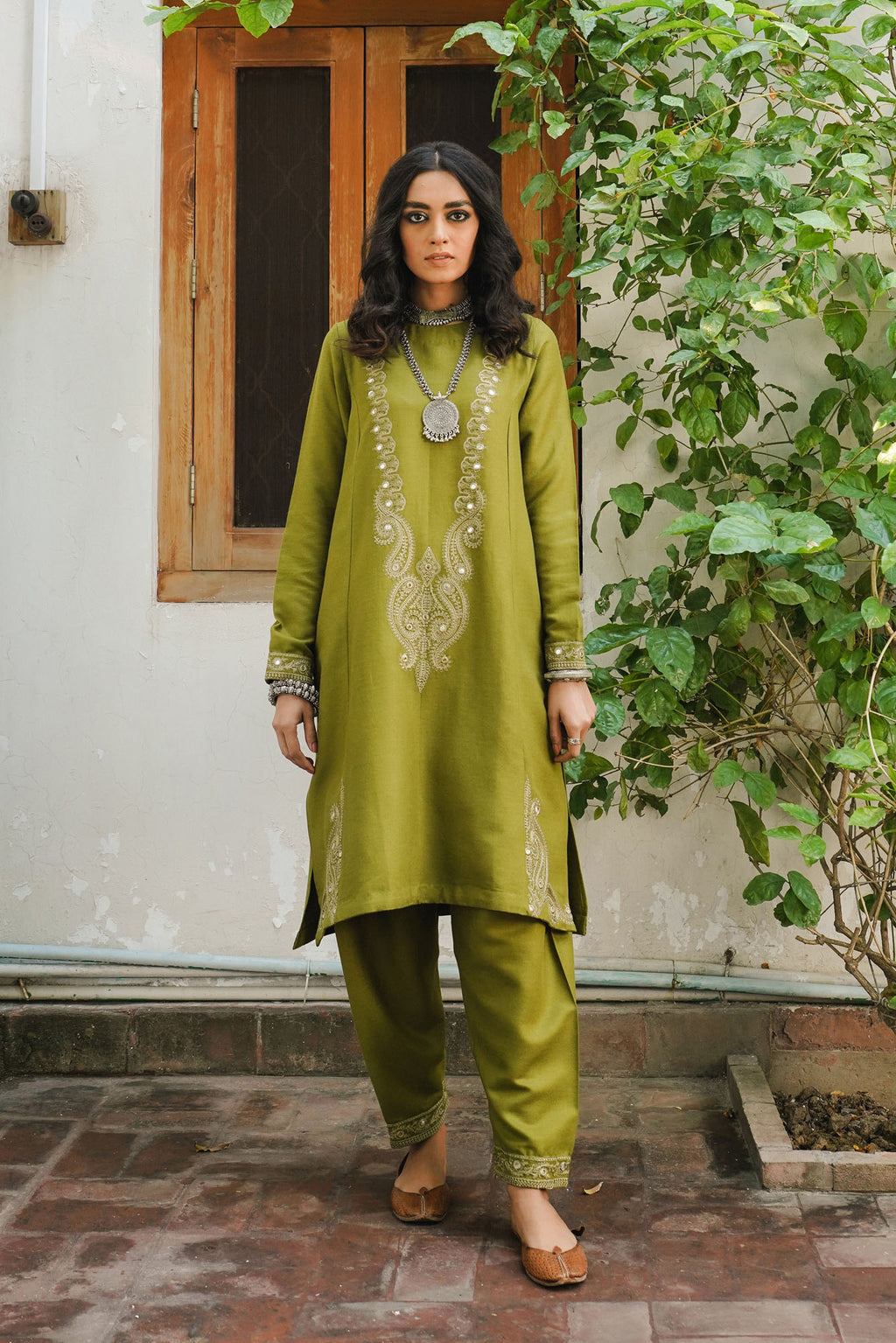 EMBROIDERED SUIT (WTR401420) - Ethnic by Outfitters
