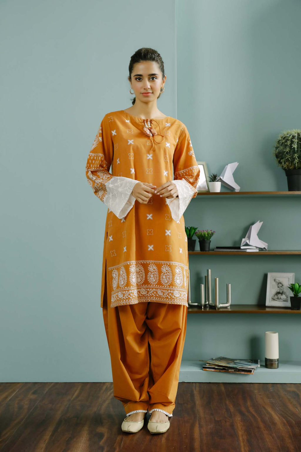 Rozana Suit (WTR101445) - Ethnic by Outfitters