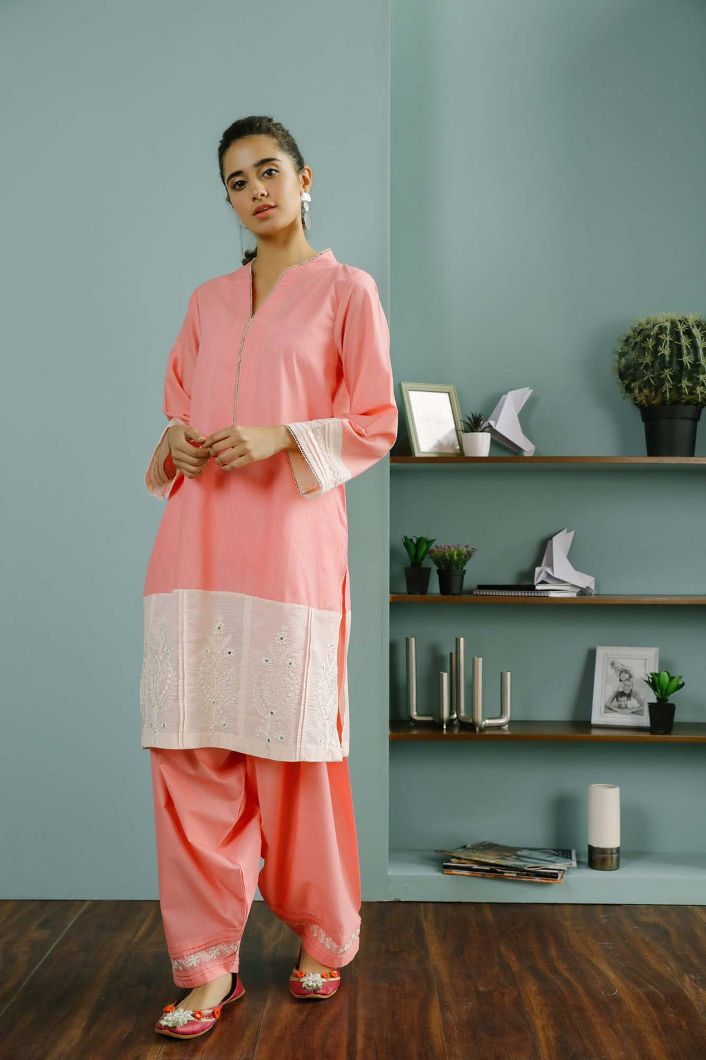 Rozana Suit (WTR101469) - Ethnic by Outfitters