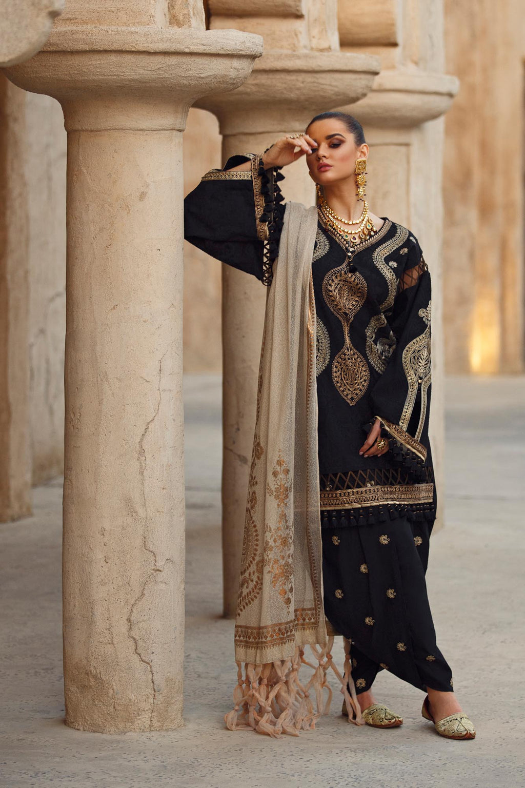 EMPIRE (WUB101701) - Ethnic by Outfitters