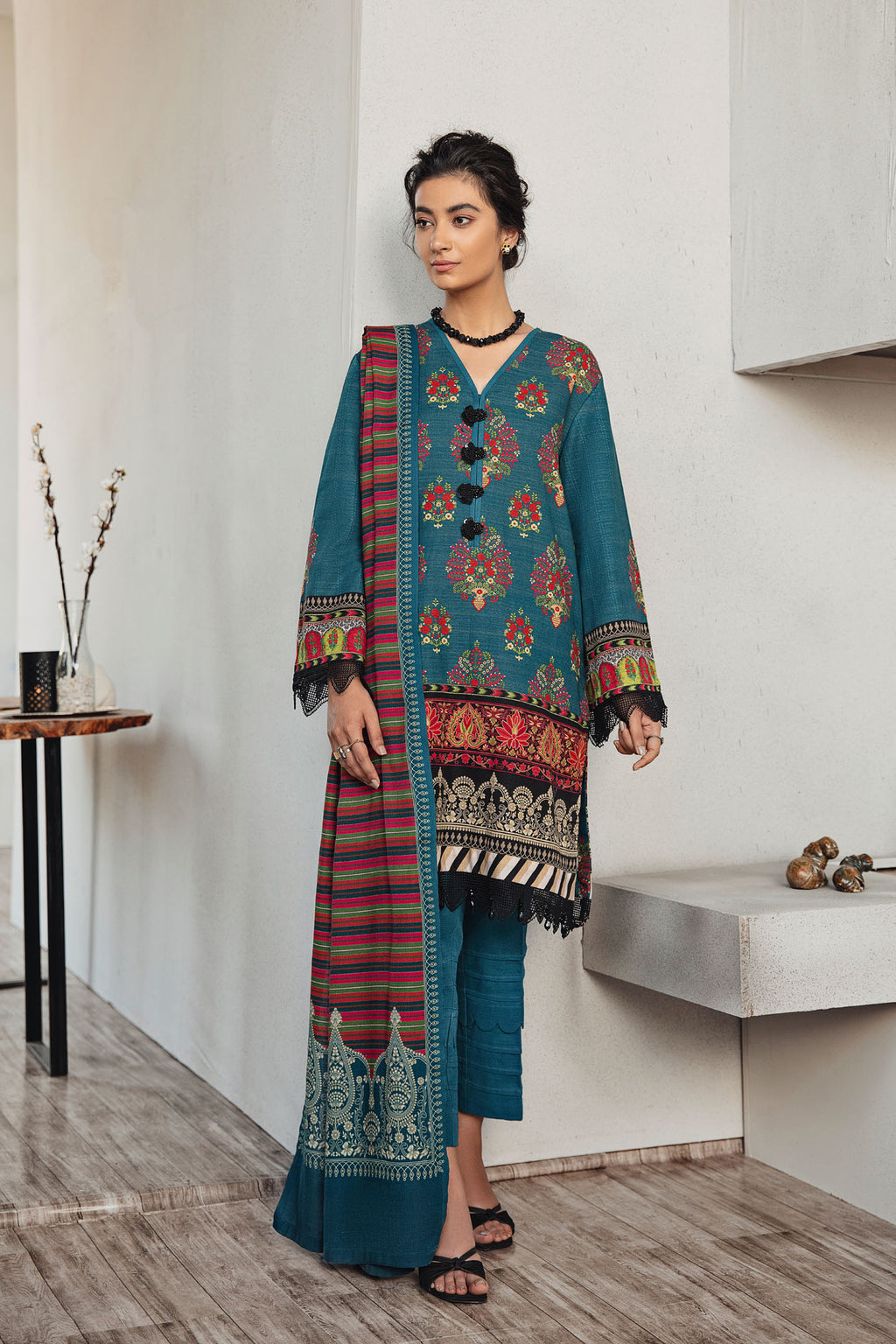 SERENITY (WUC401212) - Ethnic by Outfitters