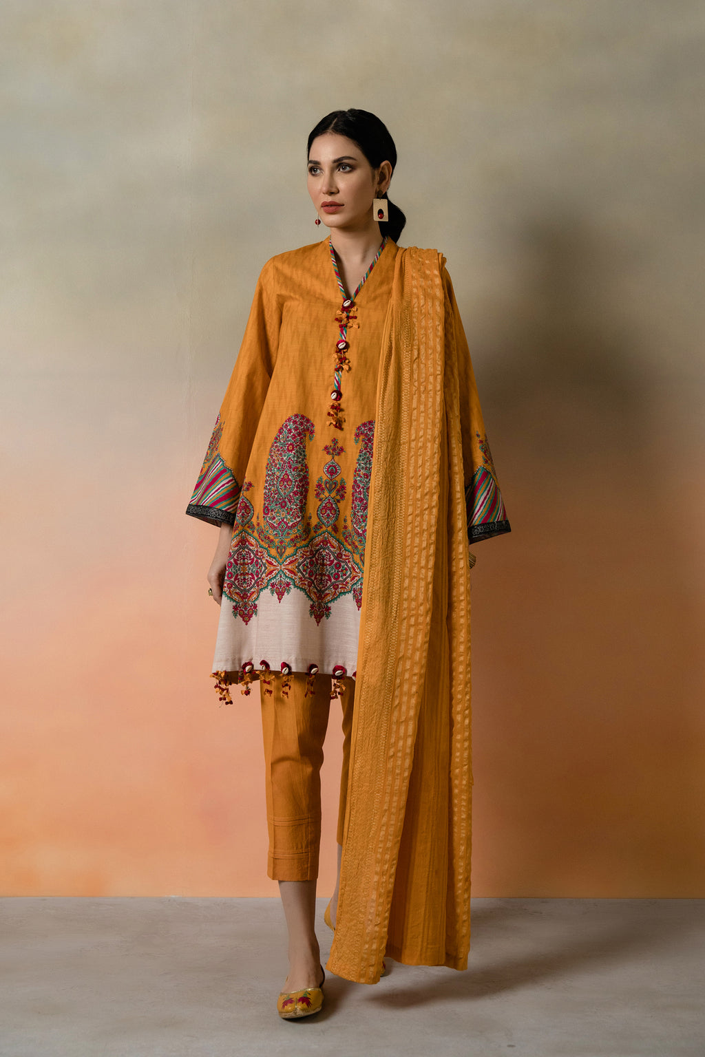 FLORAL PAISLEY (WUC401816) - Ethnic by Outfitters